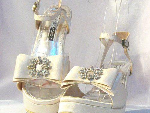 Sepatu Sandal Pesta Paduan Kebaya