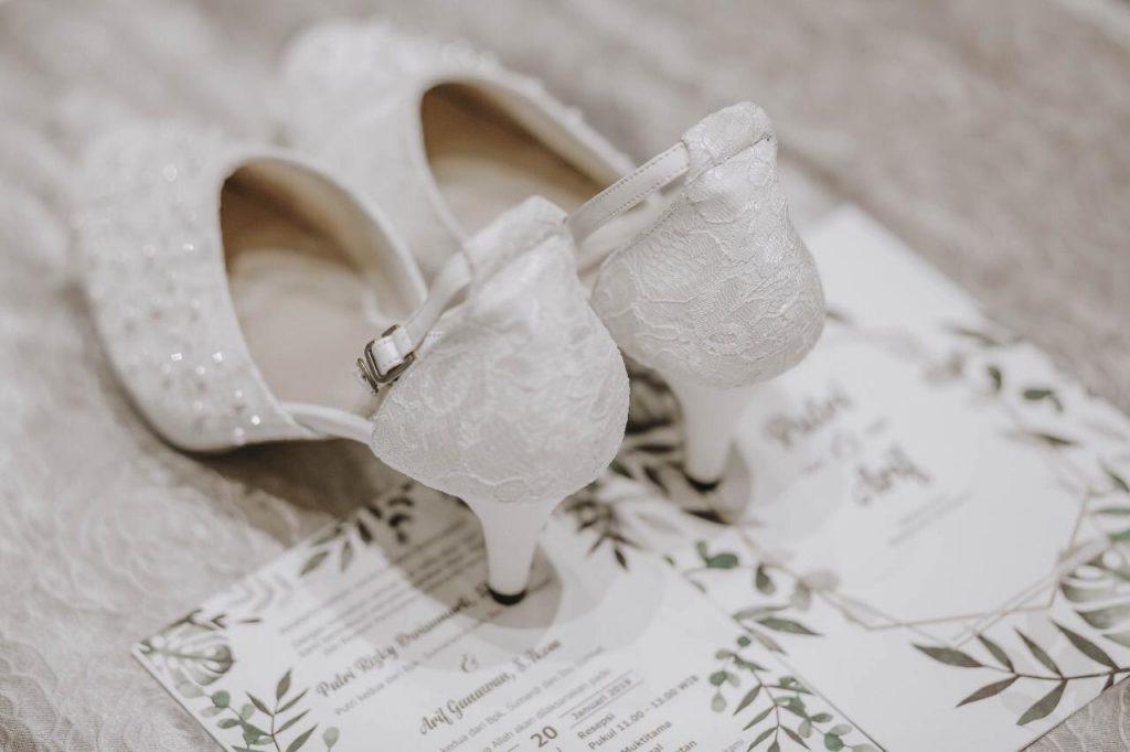 Selop pengantin modern