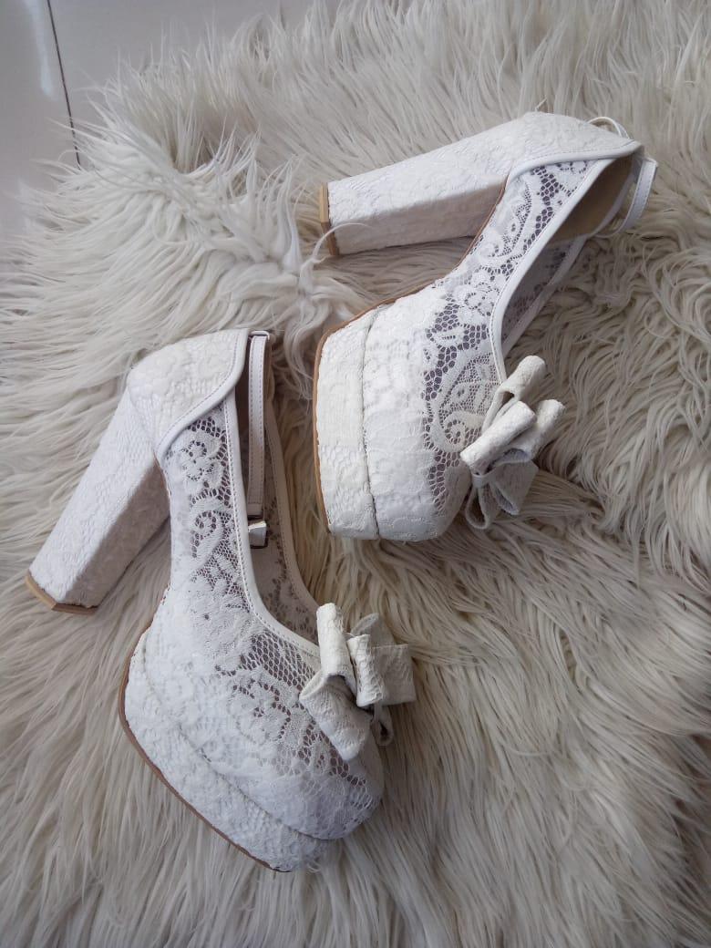 sepatu wedding brokat putih
